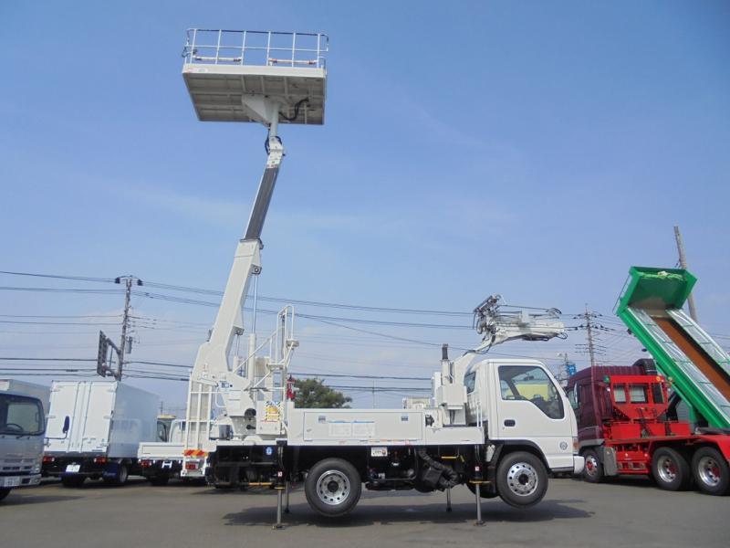 いすゞ 小型トラック 軌陸高所作業車 画像