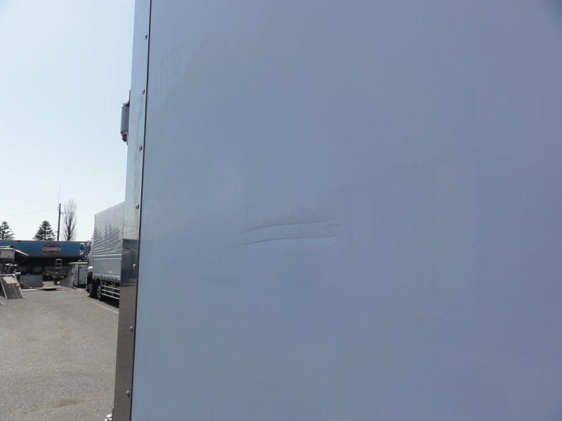いすゞ 中型トラック 冷凍車(中温) 画像