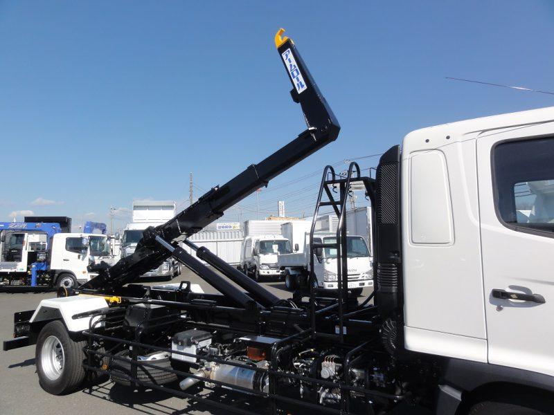 日野 大型トラック アームロール 画像