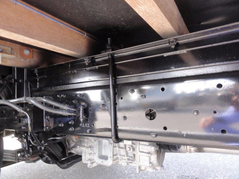 三菱 中型トラック ブロックエアサス(アコーディオン幌) 画像
