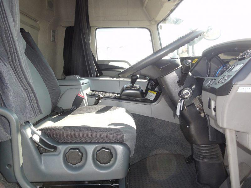 三菱 大型トラック ウィング総輪エアサスハイルーフ 画像