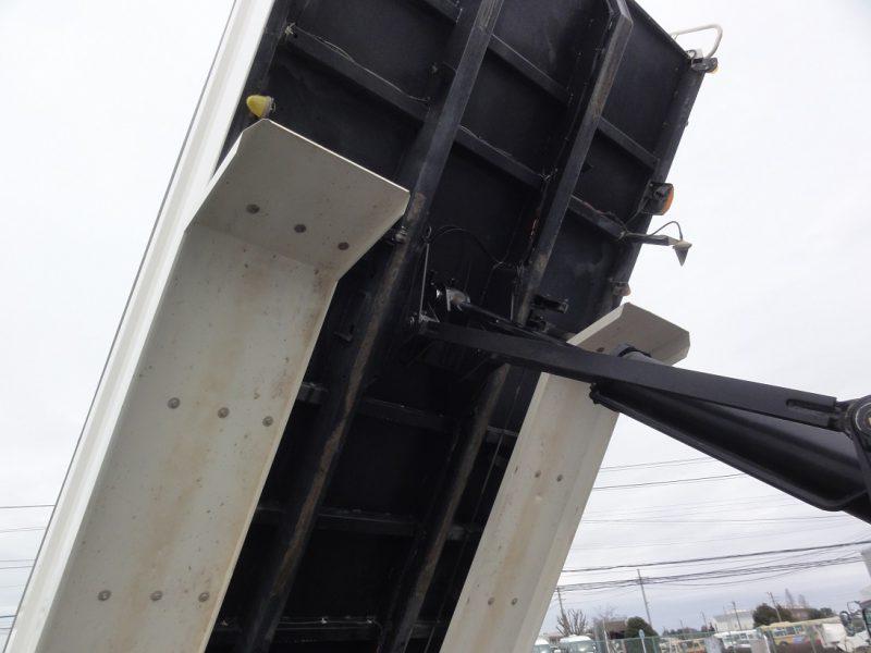 日野 大型トラック ダンプ(土砂)5.1m 画像