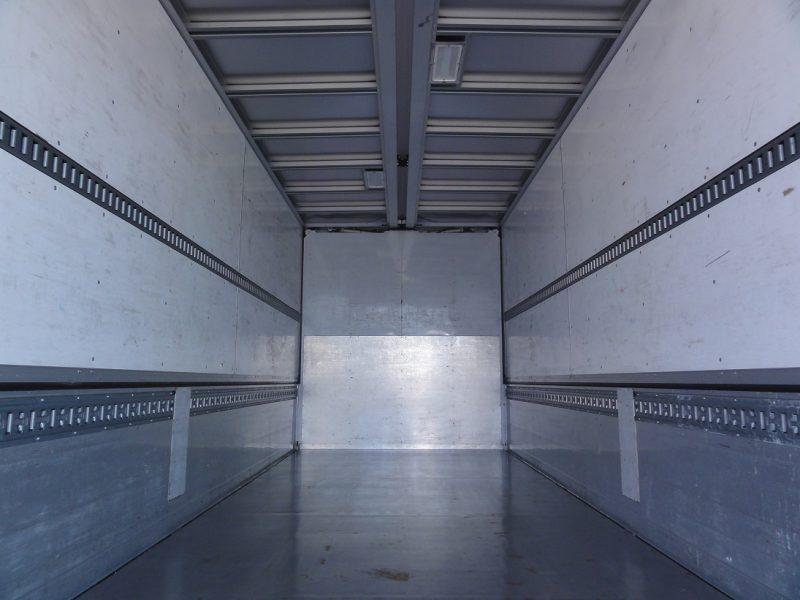 日野 大型トラック ウィング 画像