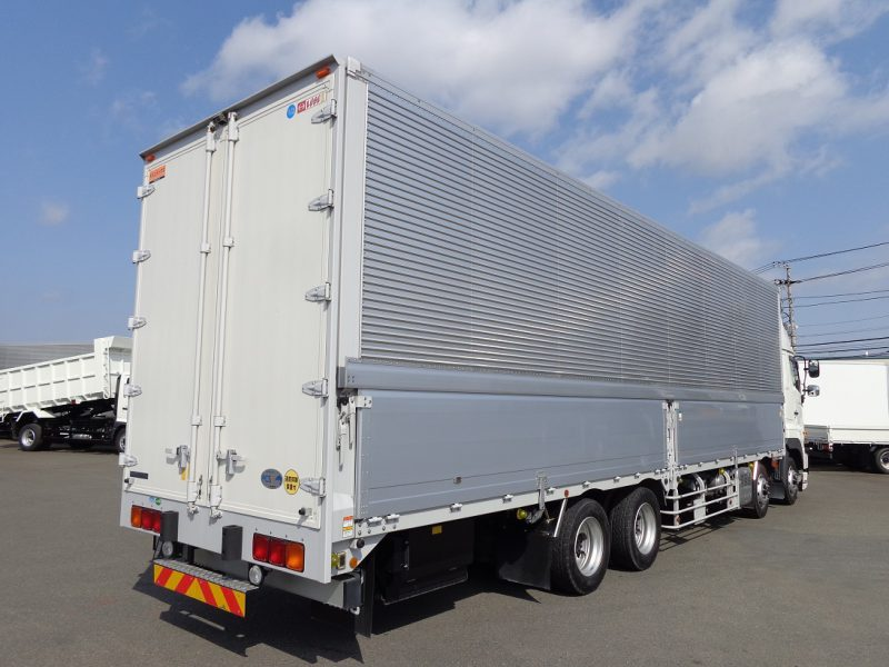 日野 大型トラック ウィングエアサスハイルーフ 画像