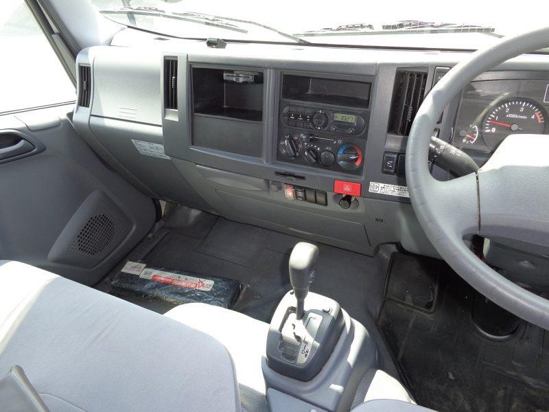 いすゞ 小型トラック ドライバン(標準ロング・AT車)5t以下 画像
