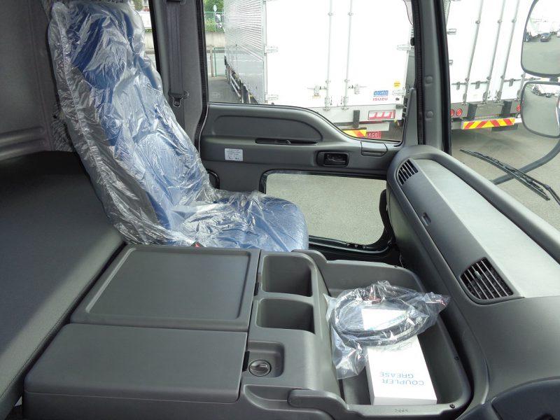 いすゞ 大型トラック トラクタハイルーフ(16t・3軸)ポンプ付ダンプ用 画像