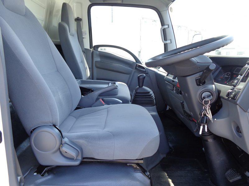 いすゞ 小型トラック 冷凍車格納PG付(スタンバイ・加温)5m 画像
