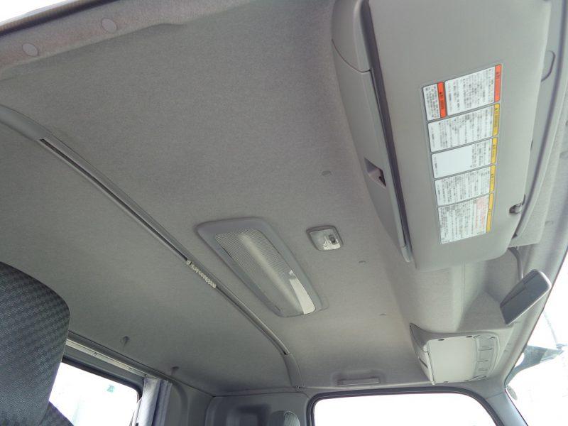 いすゞ 大型トラック 平ボデーワイド 画像
