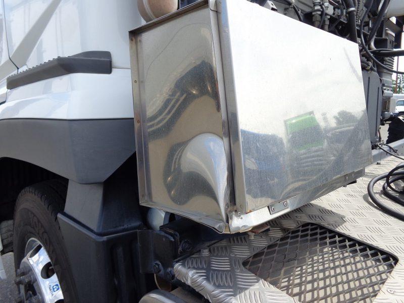 三菱 大型トラック トラクタエアサスハイルーフ(11.4t)セミロング 画像