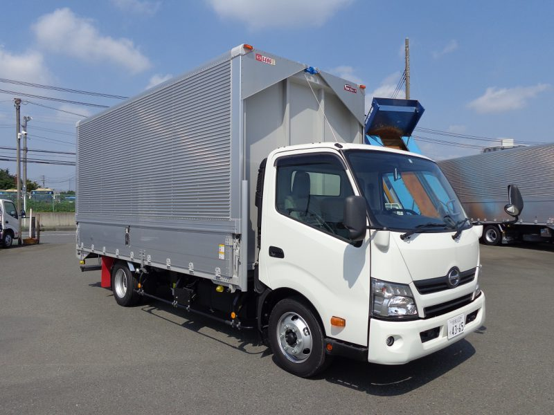 日野 小型トラック ウィング5m(3.45t) 画像