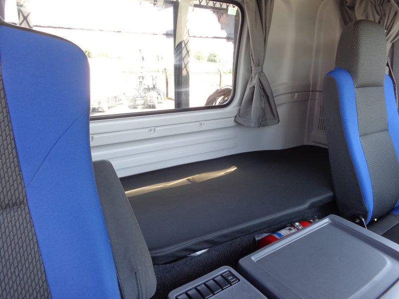 いすゞ 大型トラック トラクタハイルーフ18t 画像