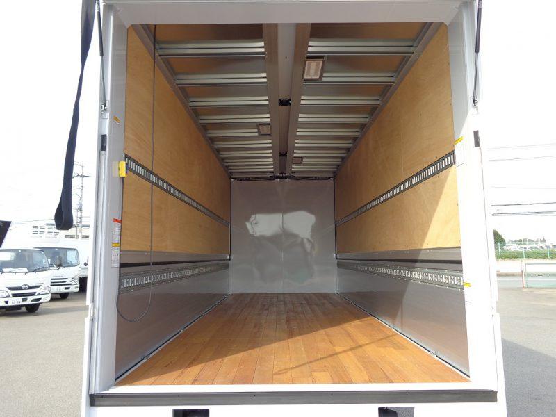 日野 中型トラック ウィングエアサスはね上げPG付 画像