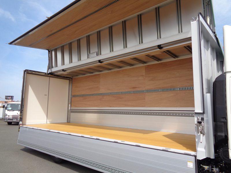 日野 大型トラック ウィングワイドエアサスハイルーフ(6.9t)7.22m 画像