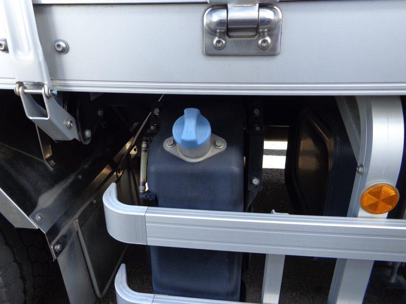 三菱 大型トラック ウィングエアサス(センターローラー) 画像