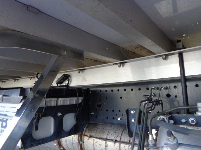 いすゞ 中型トラック 冷凍車エアサス(6.8m) 画像