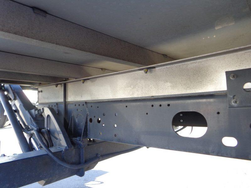 いすゞ 中型トラック 冷凍車PG付 画像
