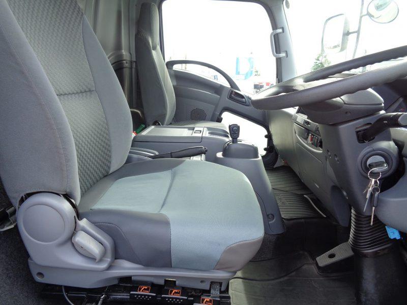 いすゞ 中型トラック ドライバンワイド 画像