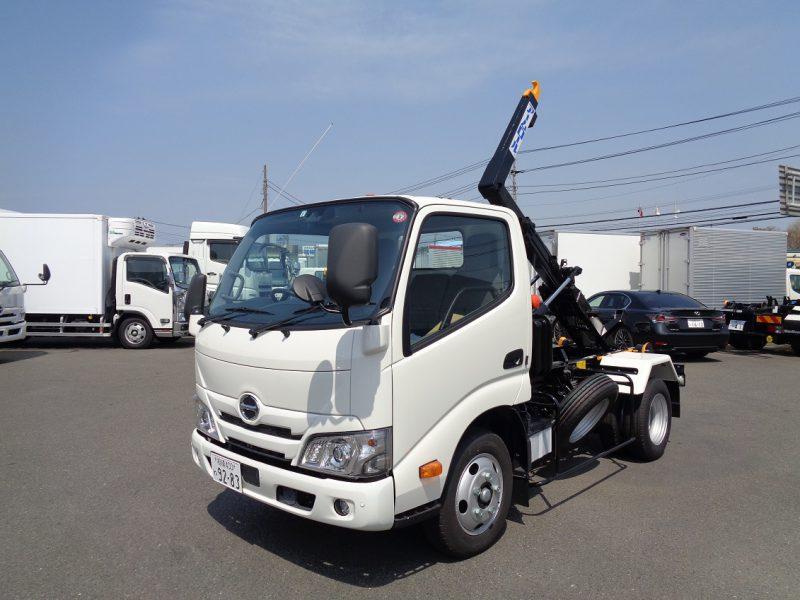 日野 小型トラック アームロール(3t)新明和 画像