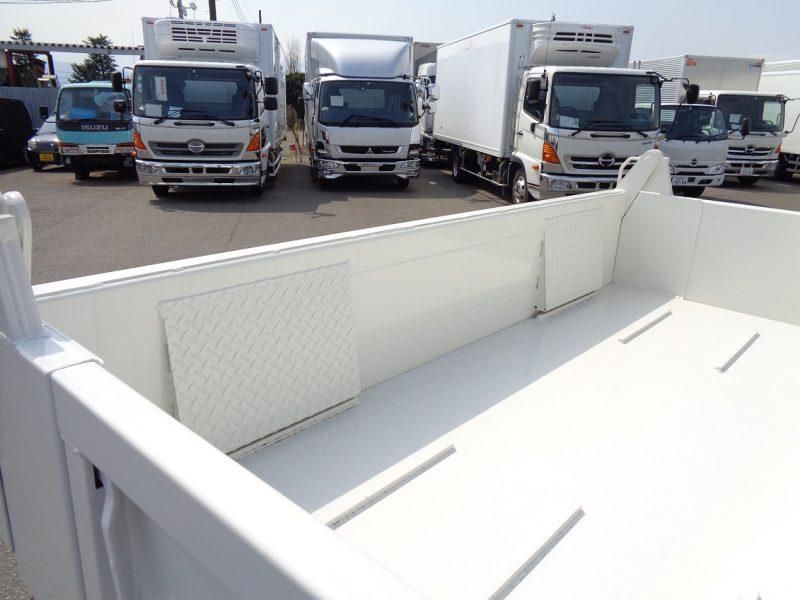 日野 小型トラック セフティーダンプワイド(3.75t)3.5m 画像