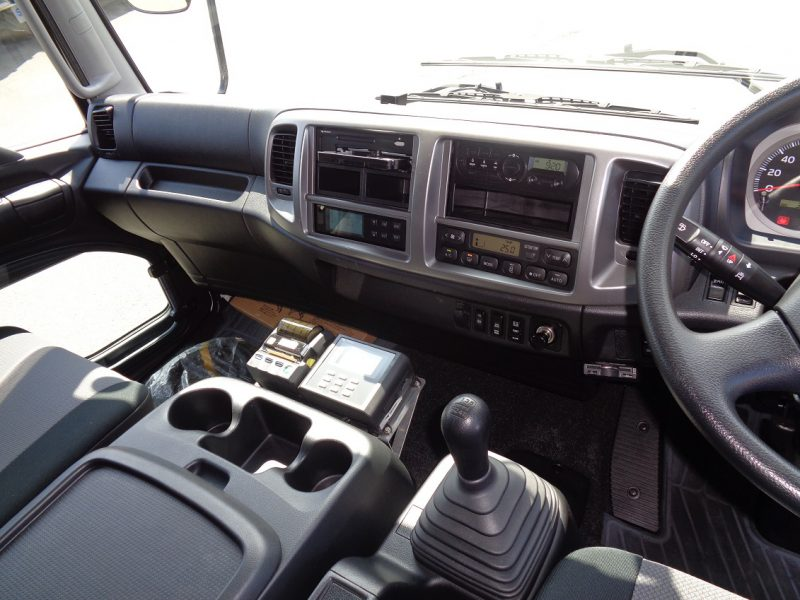 日野 中型トラック 冷凍車エアサス格納PG付(スタンバイ) 画像