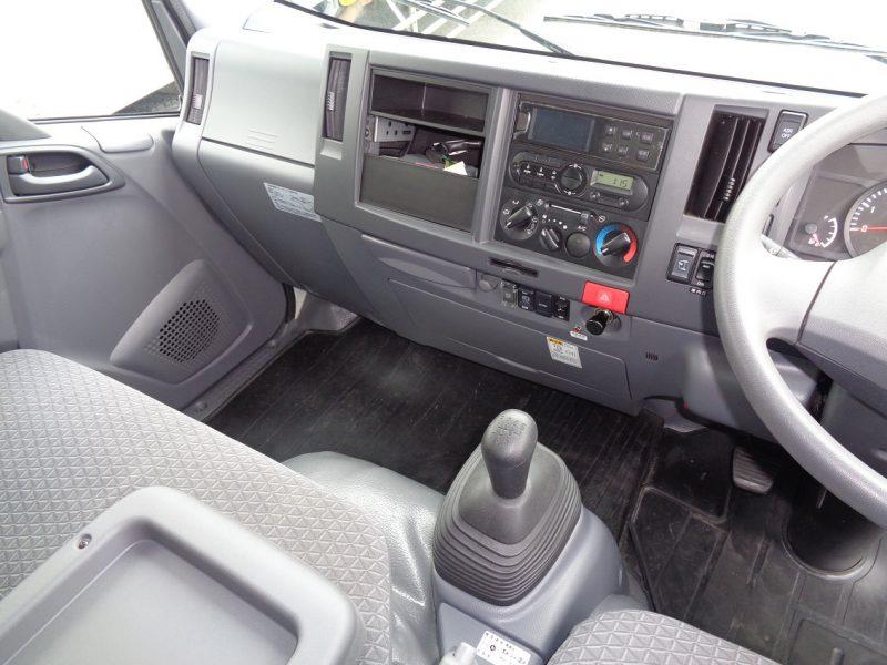 いすゞ 小型トラック 冷凍車低温格納PG付(標準・ロング) 画像
