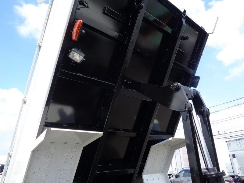 日野 大型トラック 増tダンプ土砂(7.3t)3.5m 画像