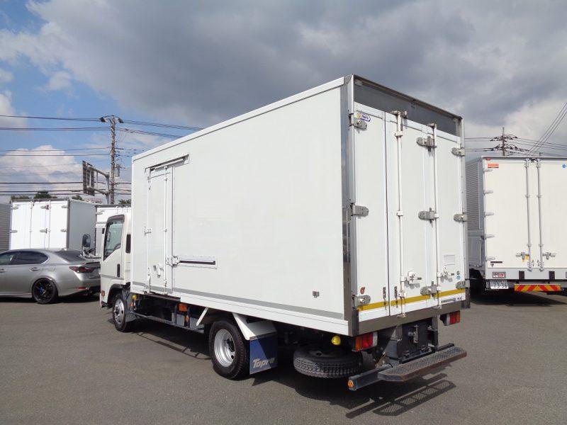 いすゞ 小型トラック 冷凍車中温(加温付)ワイド・ロング 画像