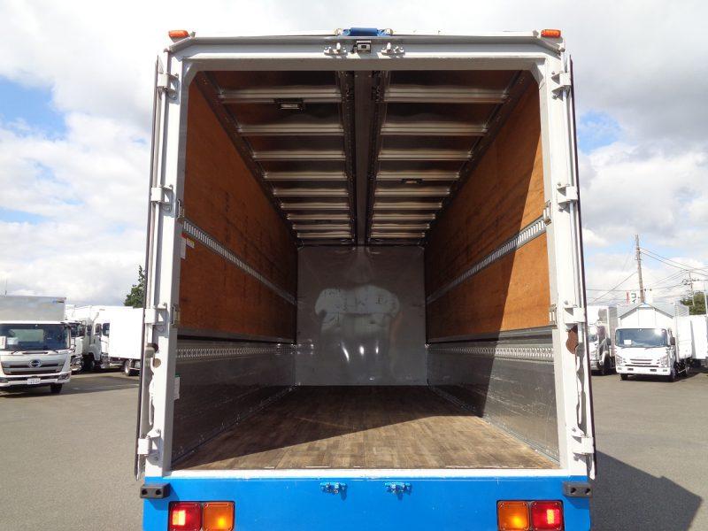 いすゞ 中型トラック ウィング 画像