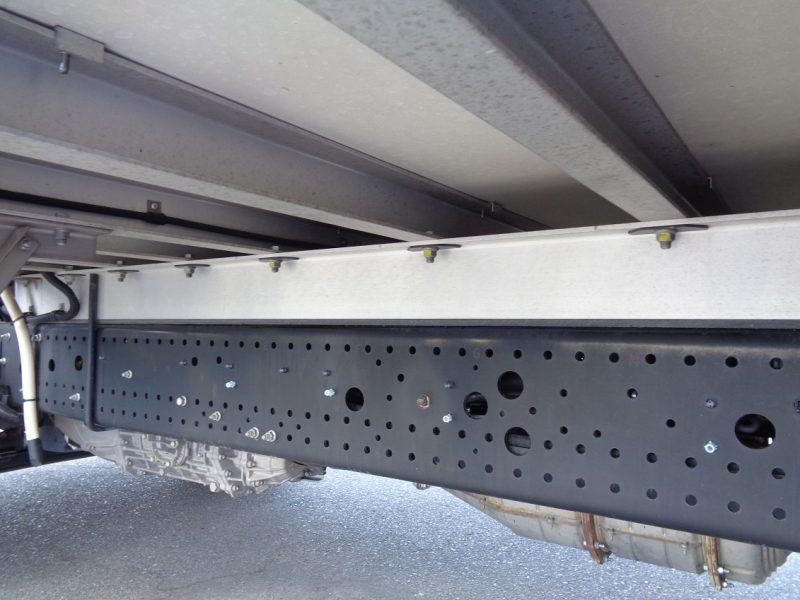 いすゞ 中型トラック 冷凍車エアサス6.8m 画像