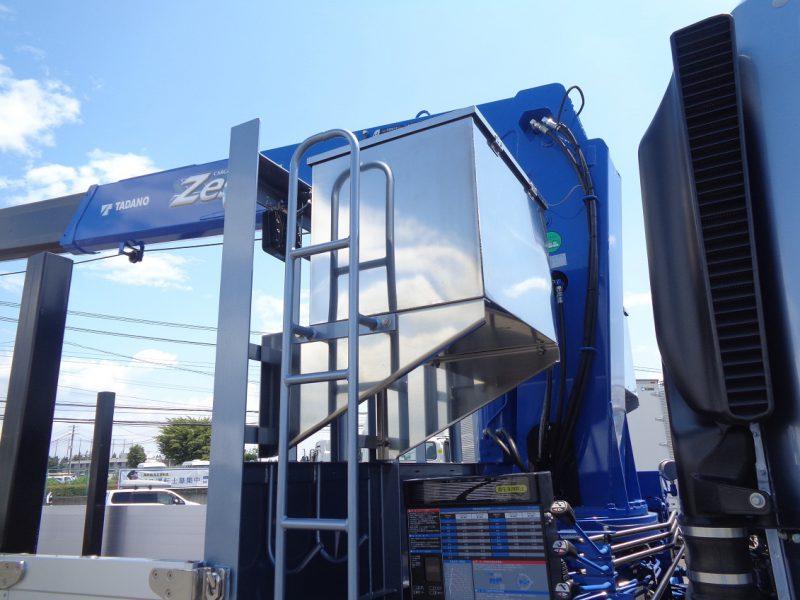 三菱 大型トラック タダノ4段クレーン(12.7t)8.8m 画像