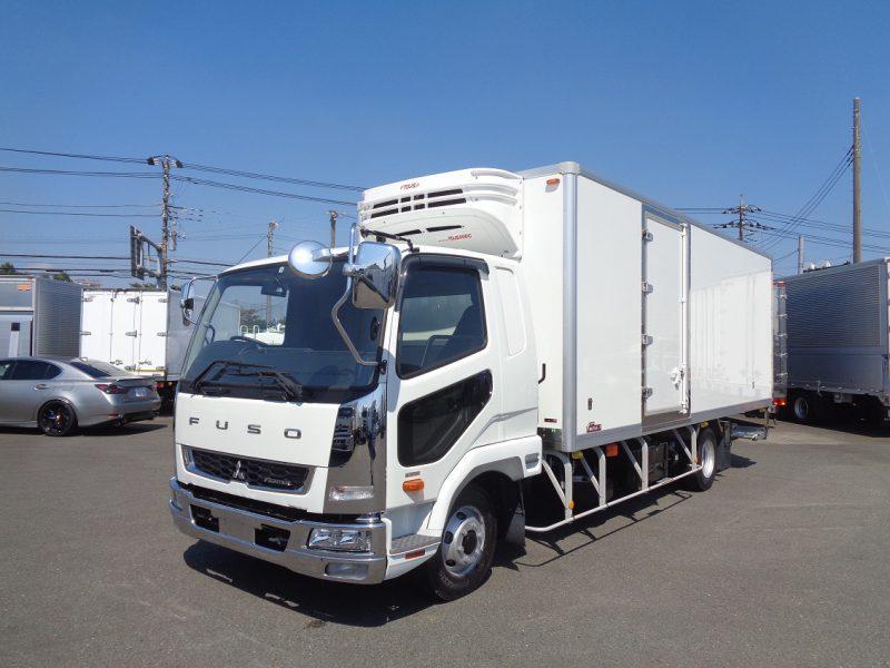 三菱 中型トラック 冷凍車ワイドエアサス格納PG付 画像